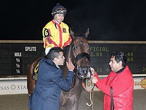 Heitai wins the 2016 LA Bred Premier Night Sprint Stakes.