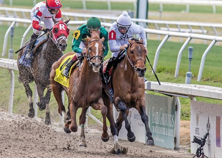 Grade I winner Majestic Harbor (inside) held off Eagle in the Fair Grounds Race Course & Slots stretch to snap a seven-race losing streak and earn his first stakes win since 2014 in the $125,000 Mineshaft Handicap (gr. III).