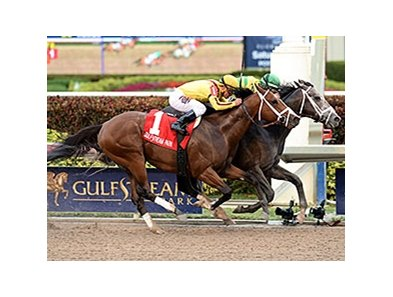 Blofeld (inside) has his head in front at the wire for the win in the Gulfstream Park Handicap.