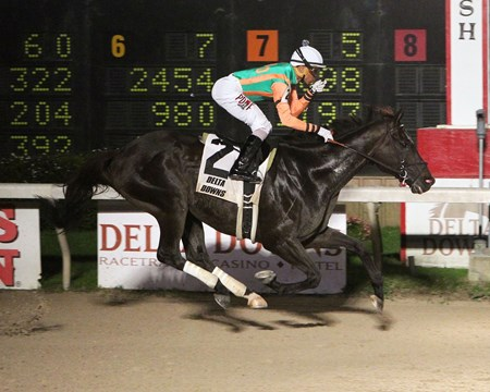 Great Minds takes the Borgata Stakes at Delta Downs.