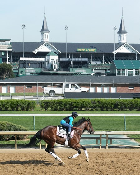 Go Maggie Go - Churchill Downs, April 18, 2016