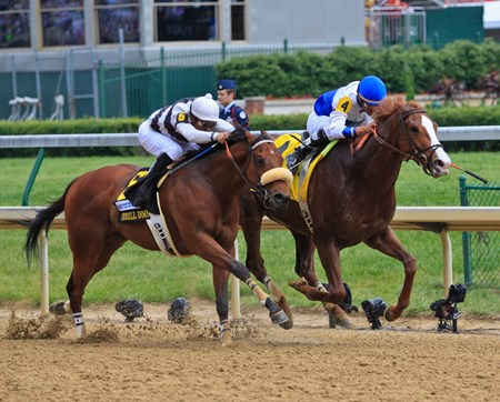 The 78th Running of The Churchill Downs 05/05/2012 Shackleford ridden by Jesus L. Castanon defeats Amazombie ridden by Mike Smith