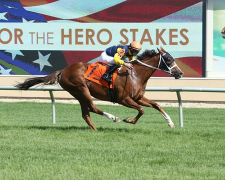 Richies Sweetheart wins the Honor the Hero Stakes May 30
