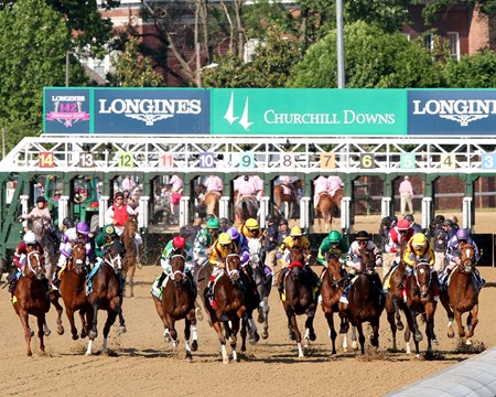 The field for the 142nd Running of the Kentucky Oaks just after the start at Churchill Downs on May 6, 2016.