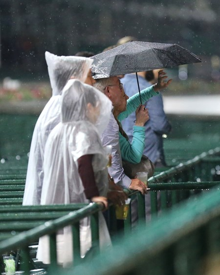 Watching racing in the rain at Churchill Downs