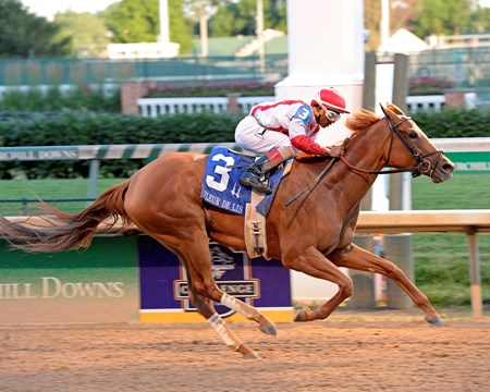 Paid Up Subscriber wins the Fleur de Lis (gr. II) at Churchill Downs on June 18, 2016.