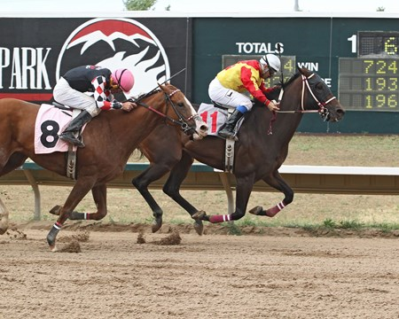 Lady Jila wins Columbine Stakes at Arapahoe Park