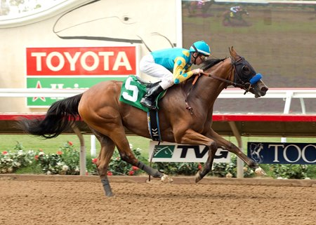 American Cleopatra wins her debut at Del Mar July 31