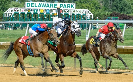 Heaven's Runway (#1) with Trevor McCarthy beat Bourbon Courage (#6) with Edgar Prado and Fast Anna (#5) with Michael Ritvo to win The Hockessin Stakes at Delaware Park on July 18, 2015.