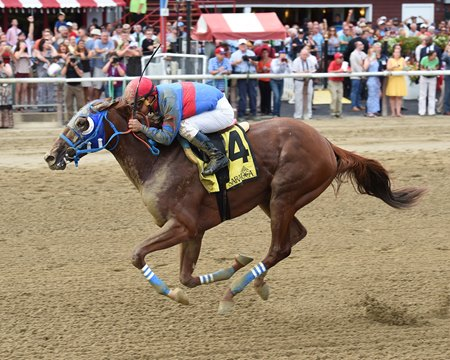 Gunnevera wins the Saratoga Special