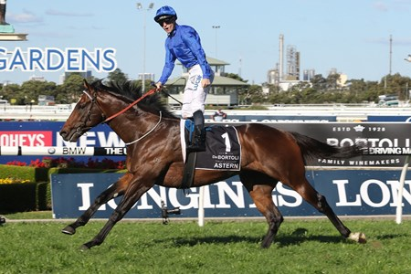 Astern wins the 2016 Golden Rose Stakes