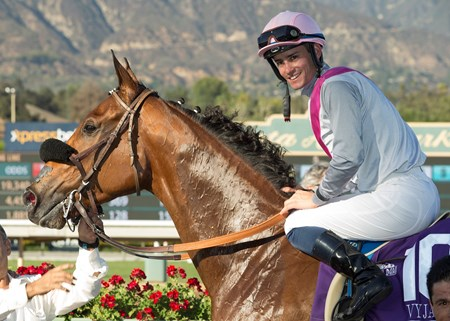 Vyjack wins the 2016 City of Hope Mile