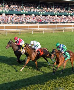 Time and Motion (center, #7) gets the victory in the Queen Elizabeth II Challenge Cup