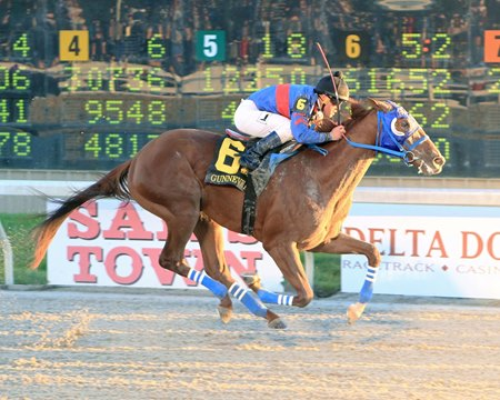 Gunnevera wins the $1 million Delta Downs Jackpot
