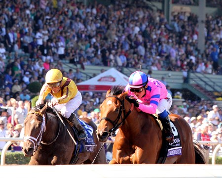 Champagne Room (#6) with Mario Gutierrez win the Breeders' Cup Juvenile Fillies (GI) over Valadorna (#3) with Julien Leparoux at Santa Anita on November 5, 2016.