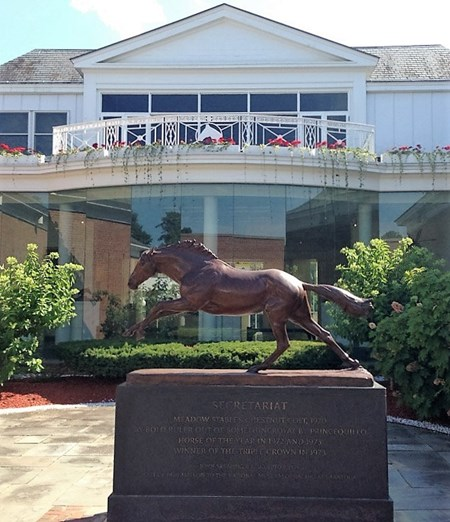Secretariat statue at the National Racing Museum Hall of Fame courtyard