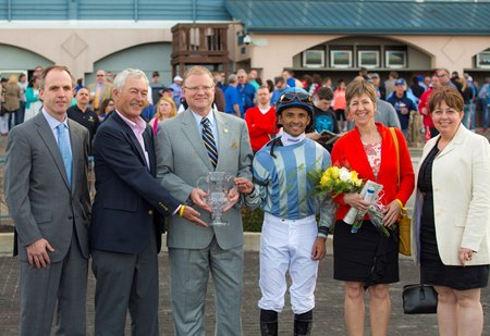From left: Pin Oak general manager Clifford Barry, trainer Malcolm Pierce, Kentucky Sen. Damon Thayer, jockey Jose Lezcano, and Pin Oak's Nancy Stephens