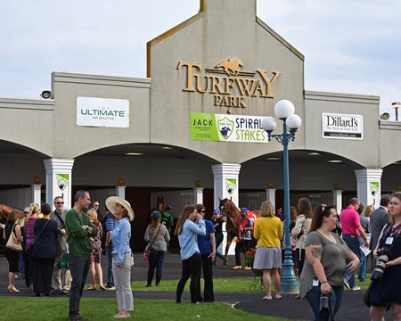 A barn at Turfway Park is under quarantine because of equine herpesvirus-1