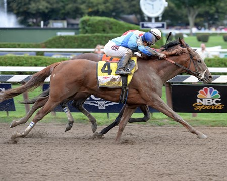 V. E. Day wins the 2014 Travers Stakes