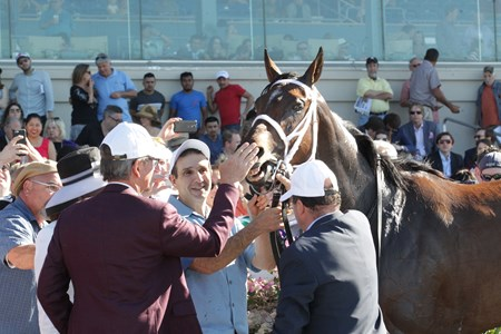 Farrell wins the 2017 Fair Grounds Oaks