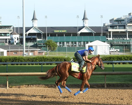 Gunnevera - Gallop, Churchill Downs - April 26, 2017