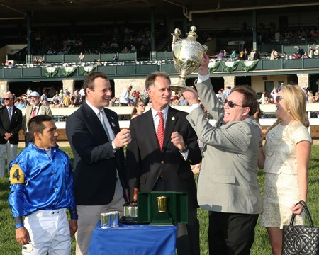 Dickinson wins the 2017 Coolmore Jenny Wiley