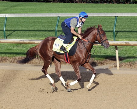 Gunnevera - Gallop, Churchill Downs - April 27, 2017