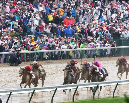 Abel Tasman wins the 2017 Kentucky Oaks