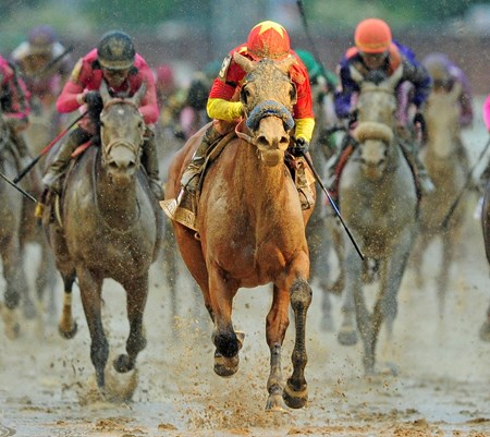Abel Tasman, Mike Smith up, wins the 143rd Running of the Gr.1 Kentucky Oaks...