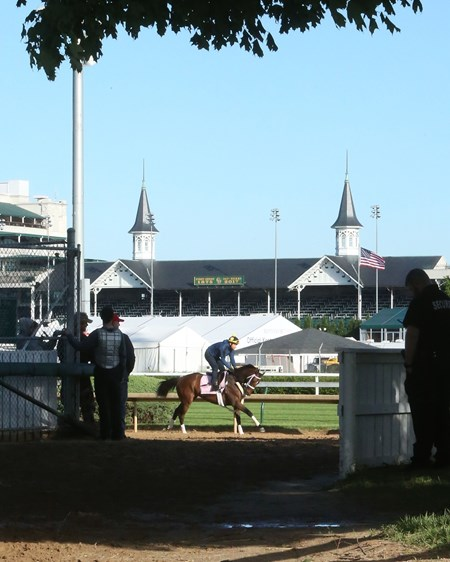 Farrell - Gallop - Churchill Downs - 05-01-17