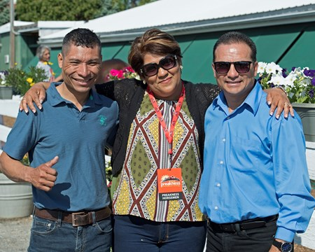 l-r, Jorge Carreno, Graciela and Miguel Hernandez with Conquest Mo Money. Preakness contenders at Pimlico.