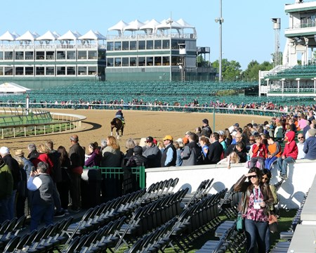 J Boys Echo - Gallop - Churchill Downs - 050217