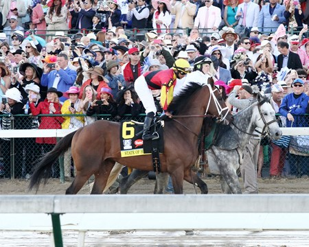 Kentucky Derby Day - State of Honor - Churchill Downs - 05-06-17