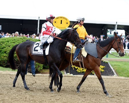 Cloud Computing wins the 2017 Preakness Stakes