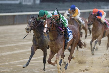 Highway Star (inside) turns back eventual Breeders' Cup Filly & Mare Sprint winner Bar of Gold to win the 2017 Ruffian Stakes at Belmont Park