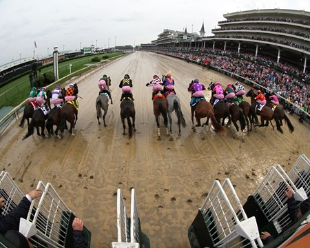 The start of the 143rd Running of the Kentucky Oaks at Churchill Downs on May 5, 2017.