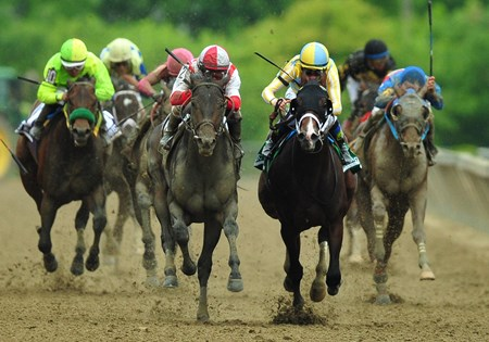 Cloud Computing (L) Javier Castellano up, wins the 2017 Preakness