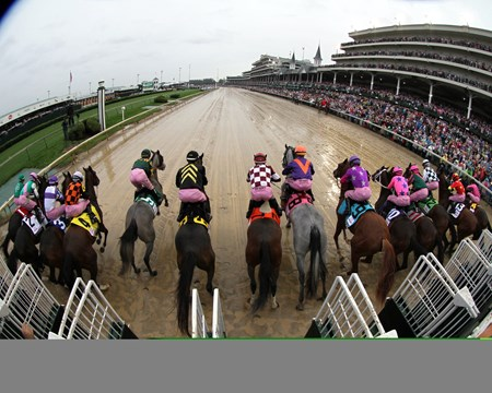 The start of the 143rd Running of the Kentucky Oaks (GI) at Churchill Downs on May 5, 2017.