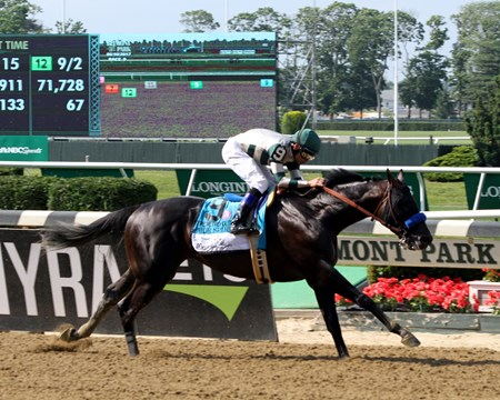 Mor Spirit with Mike Smith win the 124th Running of the Metropolitan (GI) at Belmont Park on June 10, 2017.