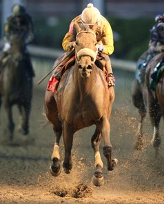 Forever Unbridled rolls home to win the Fleur de Lis Stakes