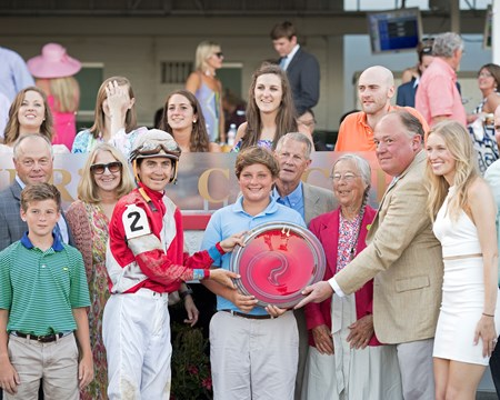 McCraken owner Janis Whitham McCraken with Brian Hernandez Jr. wins Matt Winn (G3)