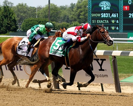 Songbird with Mike Smith win the 49th Running of the Ogden Phipps (GI) at Belmont Park on June 10, 2017.