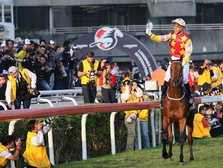 Joao Moreira was ecstatic after winning the LONGINES Hong Kong Cup atop Designs On Rome.