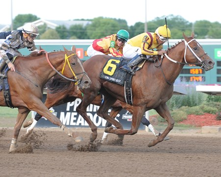 Union Jackson wins the 2017 Iowa Sprint Handicap