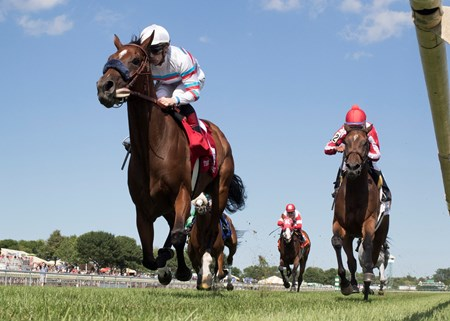 Dona Bruja winning The Modesty Handicap at Arlington International on July 8th, 2017, jockey Declan Cannon up