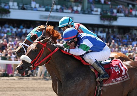 Chublicious wins the 2017 John J. Reilly Handicap
