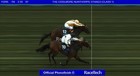 Official Photofinish 2017 Coolmore Nunthorpe Stakes - Marsha over Lady Aurelia