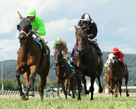 La Piba wins the 2017 West Virginia Senate President's Cup Stakes