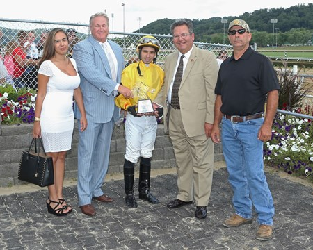 Roman Officer wins the 2017 West Virginia Legislature Chairman's Cup Stakes