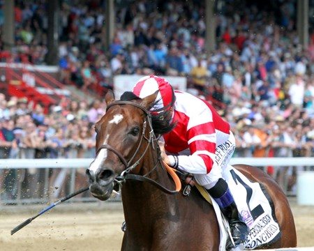 Songbird with Mike Smith in the stretch of the Personal Ensign at Saratoga on August 26, 2017